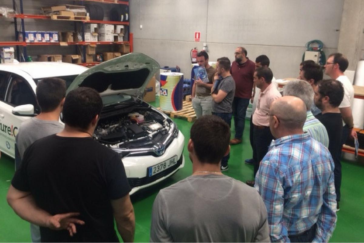 Curso formación Toyota Auris híbrido